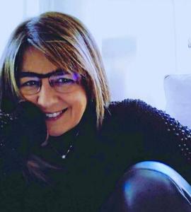 Palestrante: Monica Riffel, Especialista em Negócios para a Maturidade - MaturiLAB